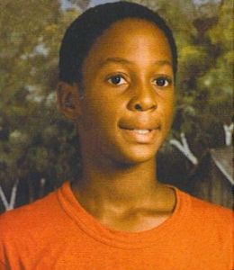 Alonzo-mourning-kid_medium