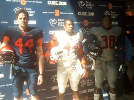 Su_football_uniforms_medium