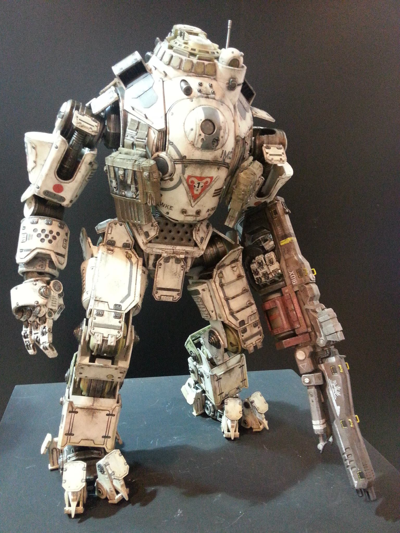 Threezero-titanfall-atlas-figure_1536