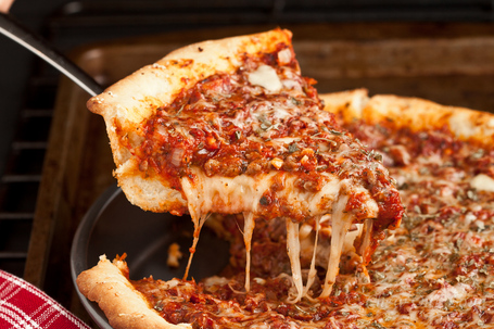 Deep-dish-pizza-3_medium