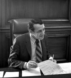 Harvey_milk_in_1978_at_mayor_moscone_s_desk_crop