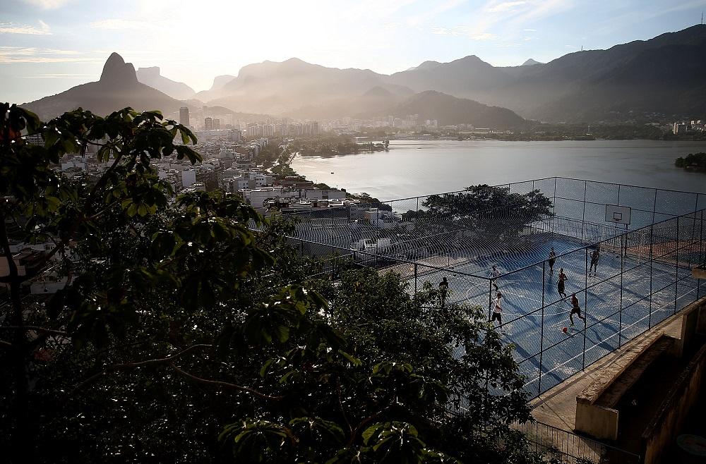Favelasmall1_medium
