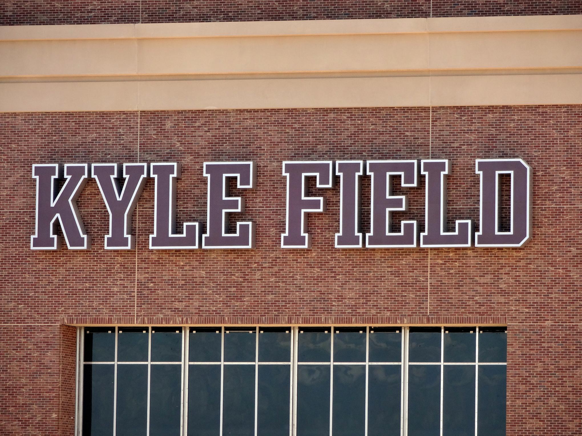 Kylefield06