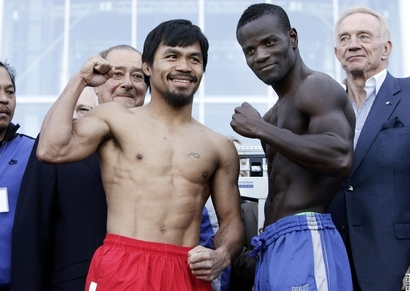 Pacquiao_clottey_weighin_100312_001a