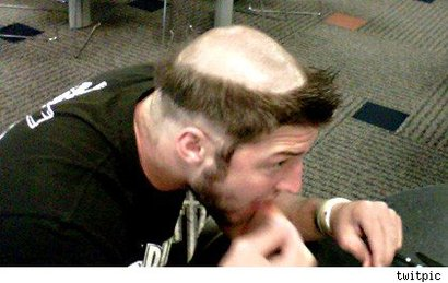 Tebow-friar-tuck-haircut
