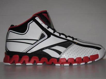Reebok-zig-nano-john-wall-white-black-red-01