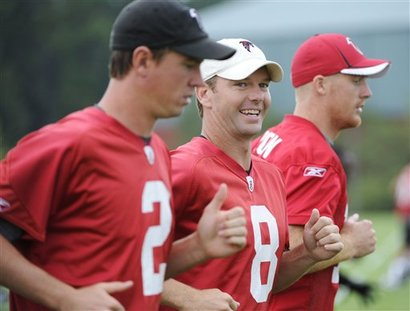 86329_falcons_camp_offensive_continuity_football