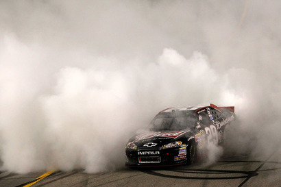 2011-richmond-kevin-harvick-wins