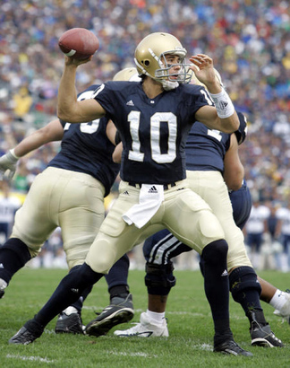 Notre-dame-football-in-trouble