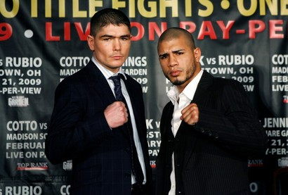 Boxing_cotto_jennings_nysw105jpg
