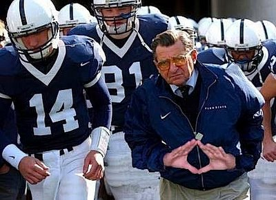 Paterno-gang-sign-758824