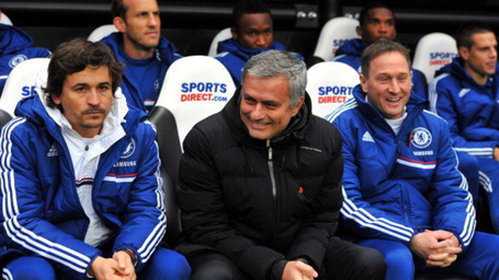 186970811-chelsea-manager-jose-mourinho-watches-on-during-the_medium