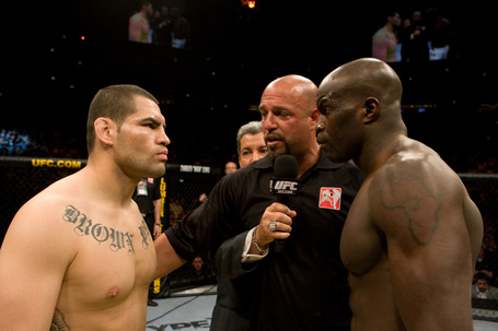 Ufc99_11_velasquez_vs_kongo_001_medium