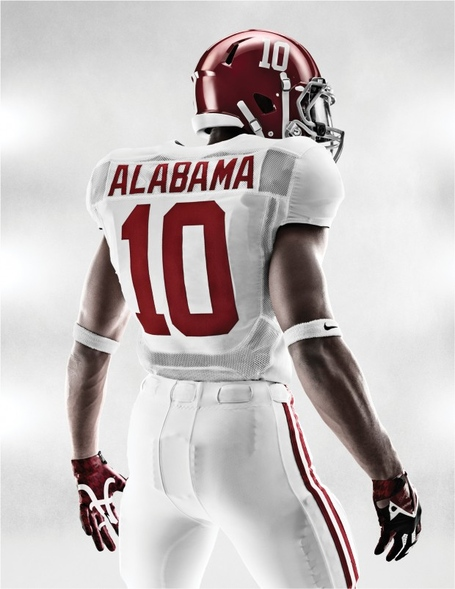 Ho12_at_bcs_alabama_portrait_torsoback_16472-620x802_medium