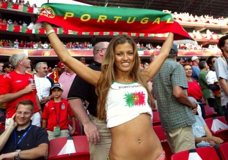 Portugal_girl_medium