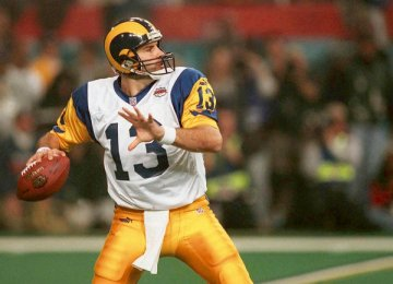 Warner_kurt13_rams_medium