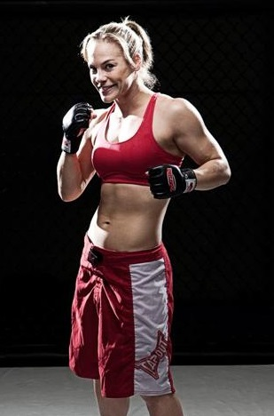 Julie-kedzie-mixed-martial-arts._medium