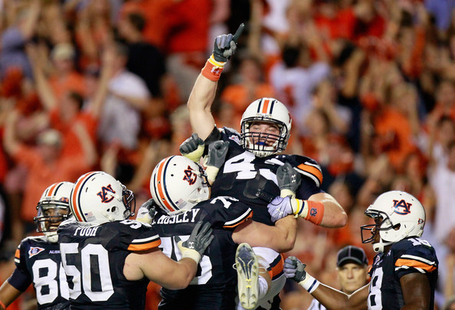 Philip_lutzenkirchen_south_carolina_v_auburn_8ucxp3abe1ul_medium