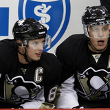 Crosby___malkin_-_next_to_each_other