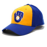 Milwaukee_brewers_1978_85_road_cooperstown_fitted_cap