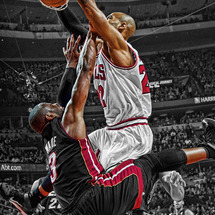 Taj-gibson-dunks-on-dwyane-wade
