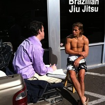 Chatting_with_faber_outside_his_gym