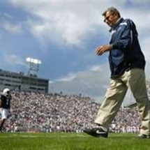 Joepa_on_field