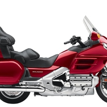 Honda_gl_1800_goldwing-1680x1050