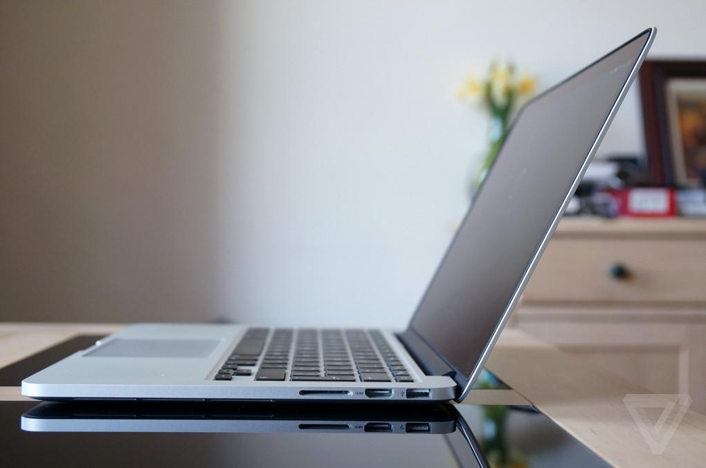 MacBook (Pro) Akkulaufzeit unter Mac Oion Tams Apple MacBook Pro 15 Laptop, 256GB - mjlq2D/A - (Juni