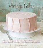 vintagecakes1.jpg