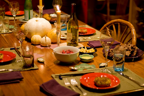 thanksgiving-wine-table.jpg