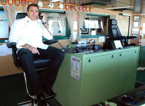 TEboat2.jpg