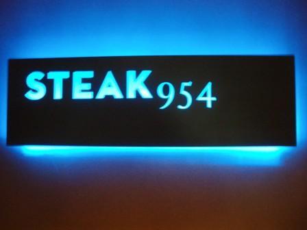 Steak954_sign.jpg