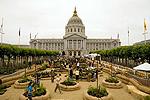 2009_12_cityhallgarden.jpg