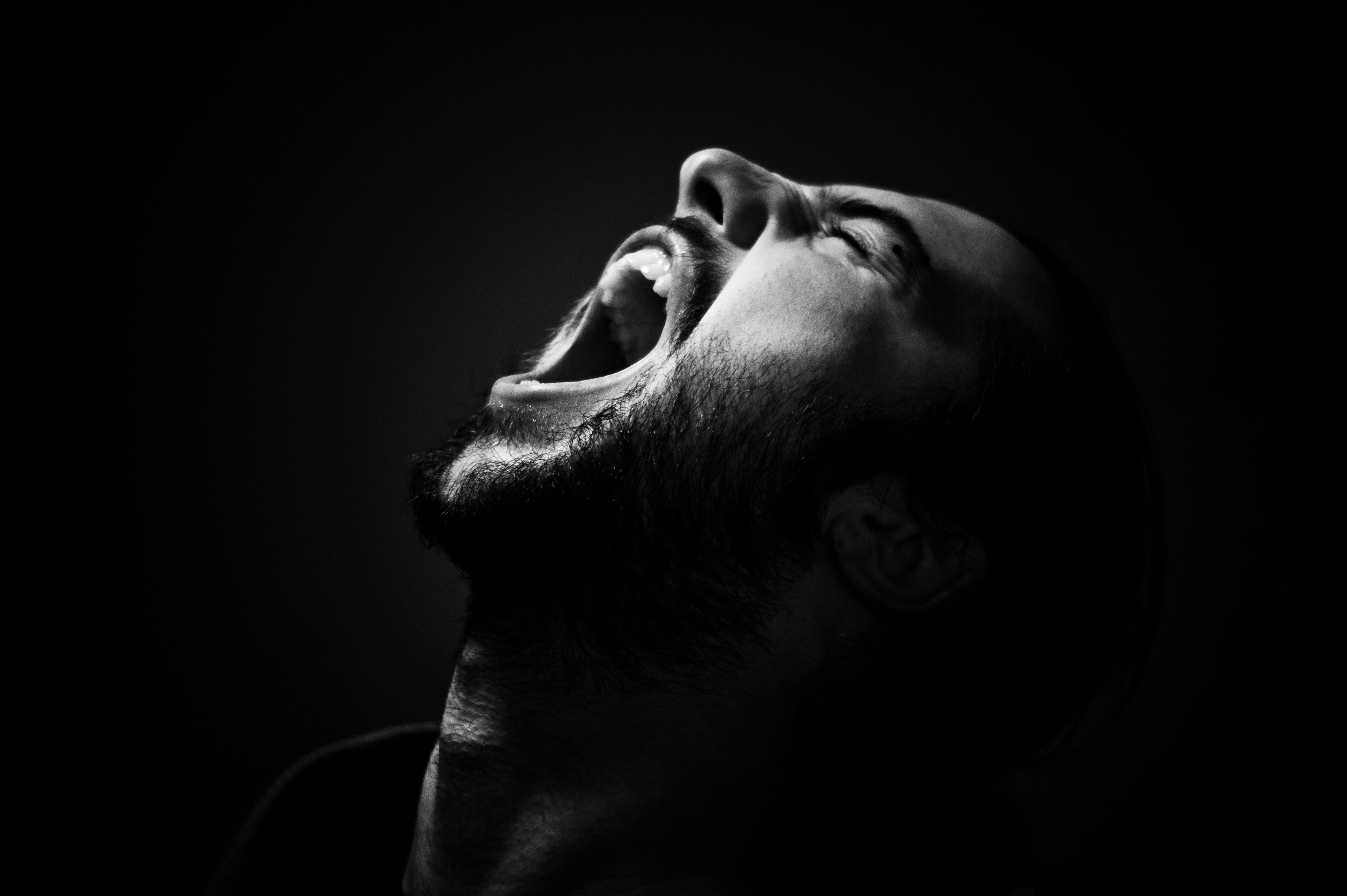 swearing pain