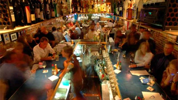 restaurant-mock-585x329.jpg