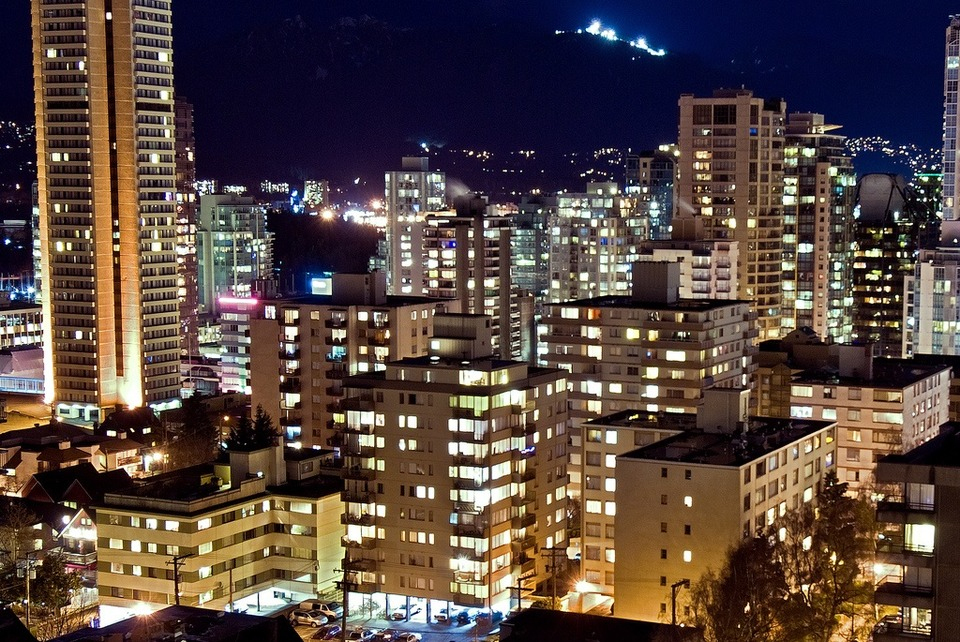 Vancouver-West-End-by-Stewart-2312356.jpg