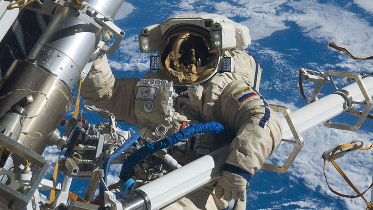 NASA suspends contact with Russia over Ukraine crisis