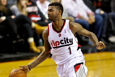 Video: Blazers F Dorell Wright hits game-winning three-pointer to beat Kings