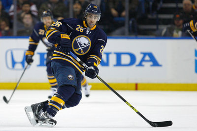 Matt Moulson returns to Buffalo, Foligno signs two year deal