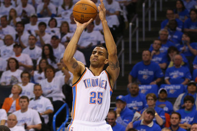 NBA Free Agency 2014: Thabo Sefolosha agrees to 3-year deal with the Atlanta Hawks, according to report