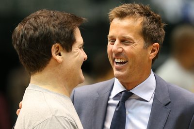 Dallas Stars Legend Mike Modano Welcomes New Additions As Prospect Camp Continues