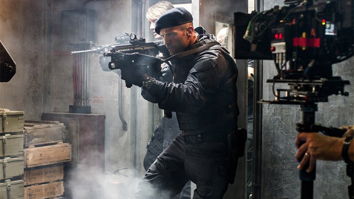 I torrented 'The Expendables 3' and I'm still going to see it in theaters