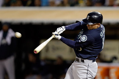 Paxton dominant as Mariners bounce back against A's