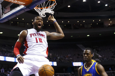 Greg Monroe signs qualifying offer, will be unrestricted free agent in 2015