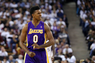 Nick Young tears thumb ligament, out 6-to-8 weeks, according to report