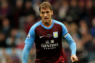Great news: Petrov playing football again