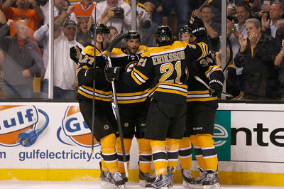 Flyers vs. Bruins recap: Claude Giroux's line outclassed as opener goes Boston's way