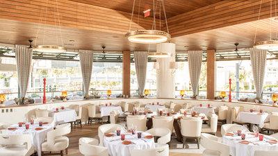Giada Serves Breakfast in Vegas; Charlie Trotter Tribute; More
