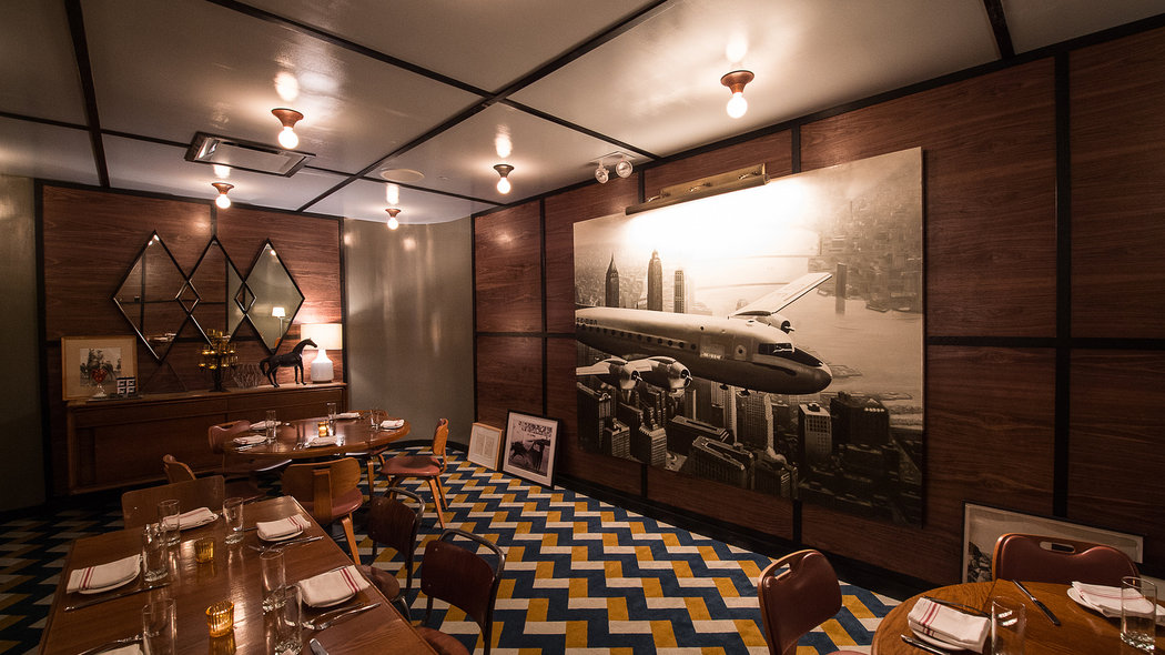 Bowery Meat Company Opens With A 60 S Vibe And Artsy